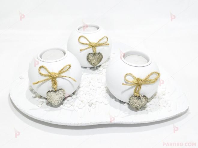 Свещник бял 3ка със сърчица | 102PODARAKA.COM