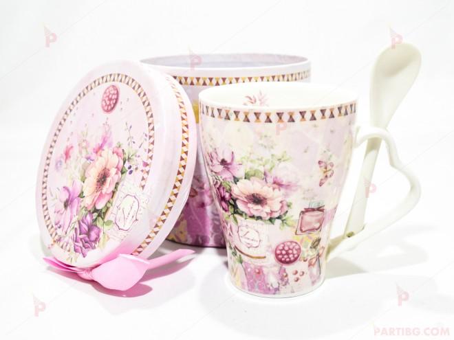 Чаша за чай в подаръчна кутия - бяла с цветя 3 | 102PODARAKA.COM